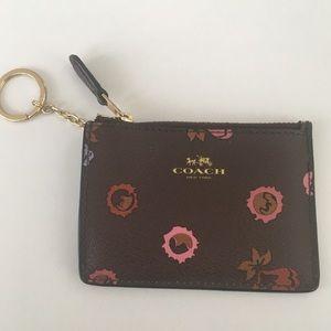 Coach keychain wallet ID